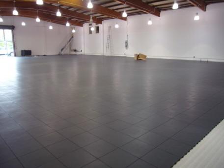 Fußboden Fliesen Aus Kunststoff ~ Gewerbehallen mit bodenfliesen elite für den verkauf