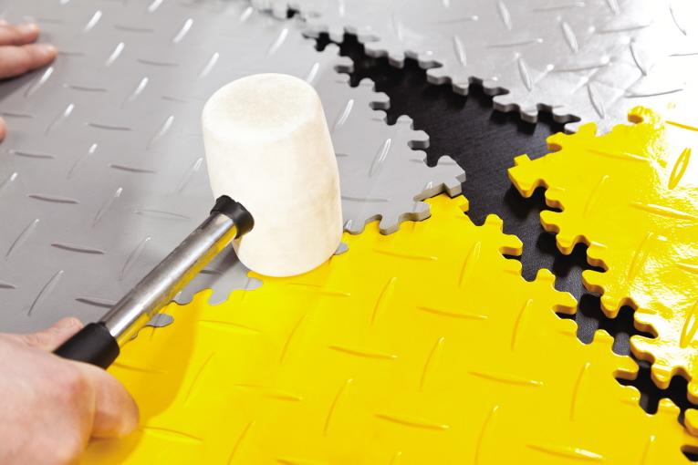 Fußboden Fliesen Pvc ~ Pvc fliesen boden für industriehallen lagerhallen